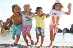 Уникални сайтове за детски дрехи и сандали